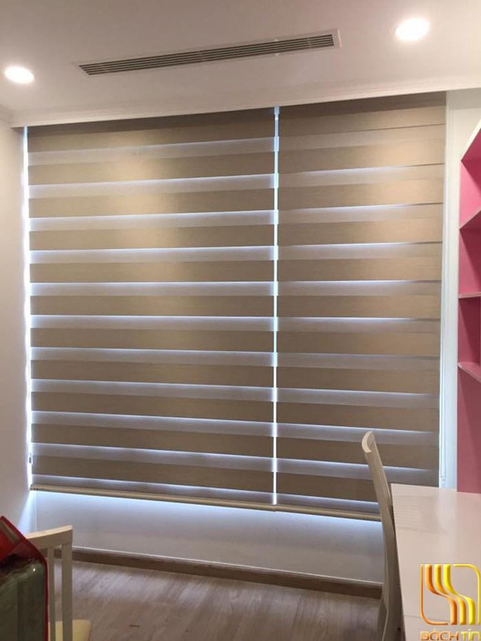 rèm cuốn cửa sổ 2 lớp tiết kiệm không gian cho căn hộ ở Đà Nẵng