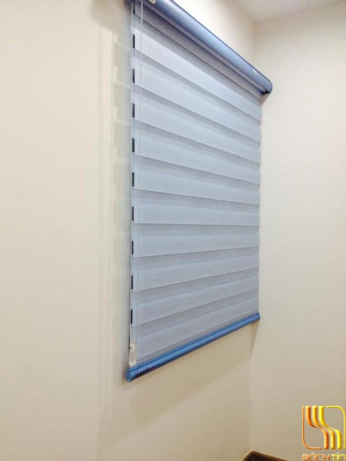 rèm cuốn cầu vồng hai lớp xanh nhạt cản sáng nhẹ ở Đà Nẵng