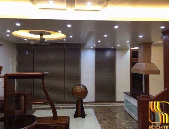 Mẫu rèm cầu vồng 3 lớp cho cửa bên hông phòng khách ở Đà Nẵng