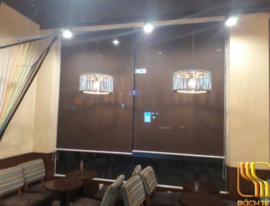 Rèm cuốn quán cafe Hightland ngắm cảnh ở Đà Nẵng