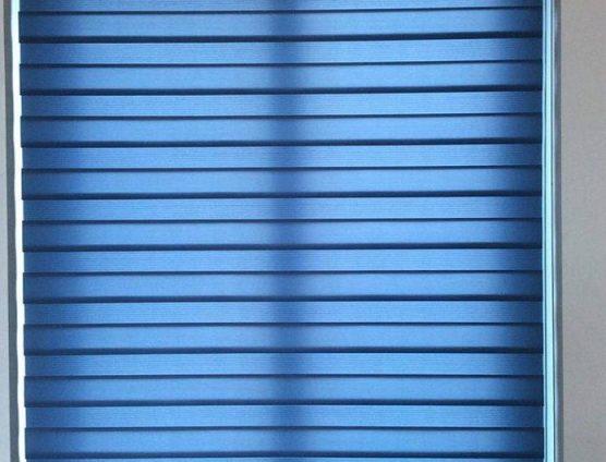 rèm cuốn cao cấp màu xanh cho văn phòng ở Đà Nẵng